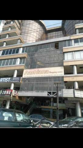 Three shops for sale in Gulberg 3