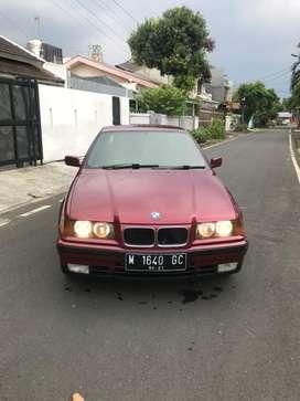 FS : BMW 318i e36 92 at M40