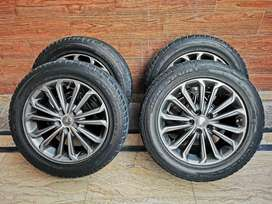 16 inch alloy rims with 215/55 tyres