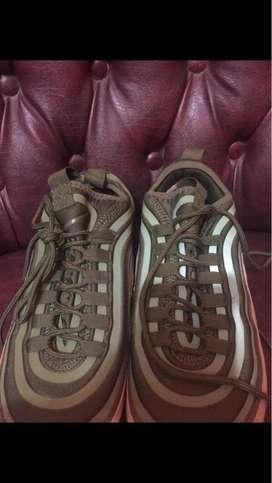 Sepatu Nike airmax 97 army size 42