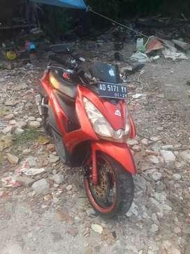 Motor metik suzuki skidrep  th2010