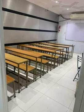 Maths teacher/faculty required