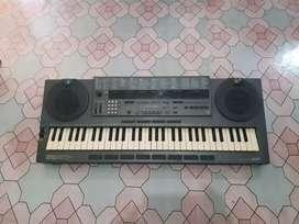 Keyboard yamaha pss795