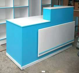 Meja kasir cantik untuk melengkapi usaha londry anda.
