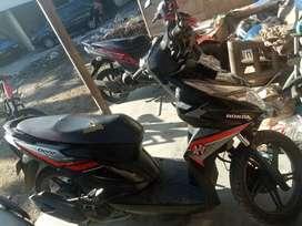Motor beat cw,  warna hitam