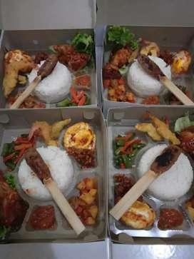 Paket katering nasi kotak dan prasmanan