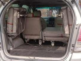Toyota Innova 2011 Diesel 95000 Km Driven