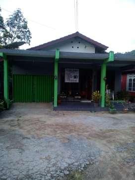 Dijual rumah satu lantai area Bunut Sanggau