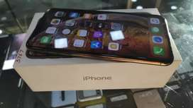 Apple iphone XS Max 256GB at just 58900 only