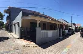 Rumah di kontrakan di daerah Perum Rewwin Waru Sidoarjo