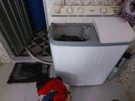 Dijual mesin cuci