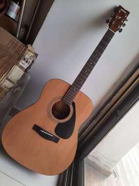 Brand new acoustic Yamaha guitar F310