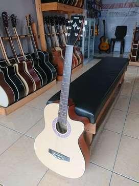 Gitar Pemula Akustik Murah Natural