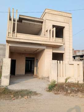 5 MARLA BRAND NEW HOUSE WITH 3 BEDS FOR SALE ON CASH LOW PRICE