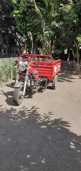 Di jual motor roda 3 Tossa long 2012