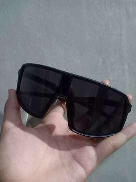 Kacamata Sepeda mirip Oakley