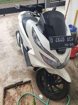 Motor pcx 2018 (non abs) + helm nolan n33