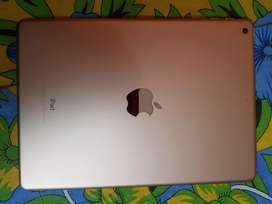 Ipad Gold 6th Gen 32GB Wifi Only 4th months old