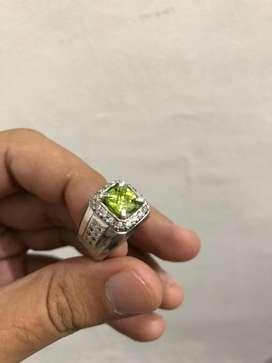 Natural Peridot ring perak lapis emas putih