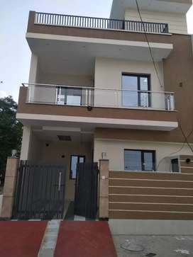 100 % LOAN AVAILABLE KOTHI 3 BEDROOMS TOWER ENCLAVE