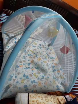 Infant bedding with mosquito net cover