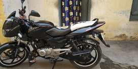 Want to sale Pulsar 150 black