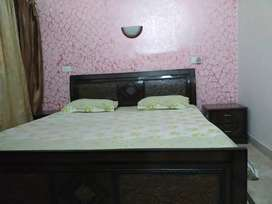 Fully furnished rooms for boys
