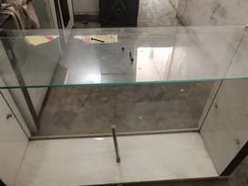 Mirror counter and chair