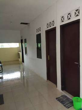 Dikontrakan rumah 6 kamar dekat kampus Amikom, UII, UPN