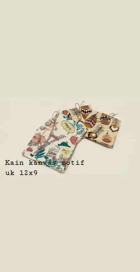 Souvenir dompet koin murah dari kanvas motif uk 12x9 0