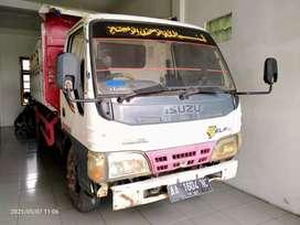 Dump truk isuzu NKR 71