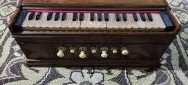 Harmonium in good and running condition