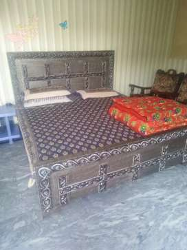 Full jumbo king size bed just