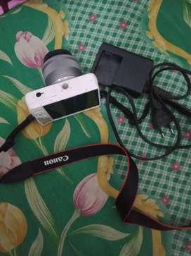 Jual kamera mirrorless canon eos m10