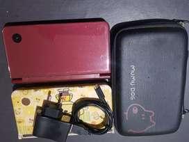 Nintendo DS i XL 4 GB