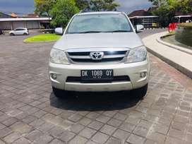 Toyota fortuner G 2,7 bensin 2005 rasa 2012 low km 73ribu kondisi gres