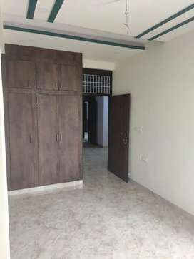 Independent 3 bhk flat on rent at krishnapuri mansarovar...