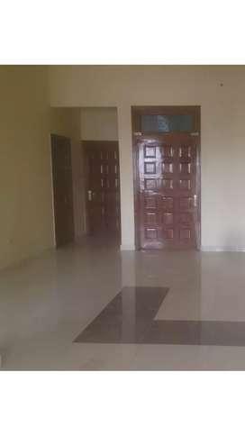 Floor 3bhk for rent.