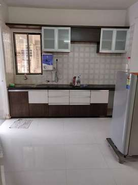 2 BHK fully furnished flat in manjalpur.