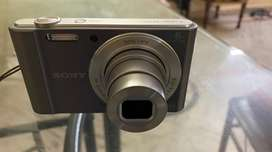 SONY CAMERA IN VERY GOOD CONDITION
