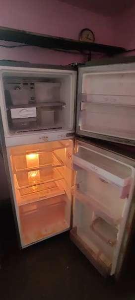 LG 260L double door fridge ( 5 star  rating )