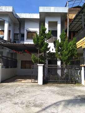 Dijual Rumah Kondisi Terawat Komplek Griya Kulim Mas