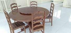 Meja makan antik dari kayu kelapa