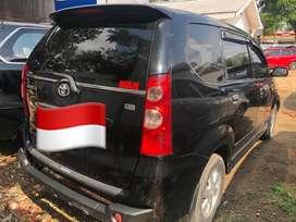 Toyota avanza g matic hitam