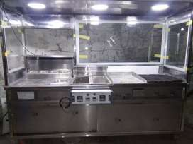 8ft counter with 2fryer with hot plate with,grill