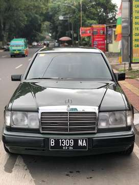 Mercedes Benz 200e Boxer,Mercy,w124,list becak