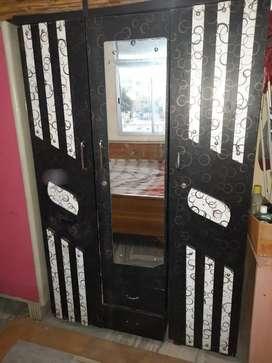 Wooden Almirah 3 doors