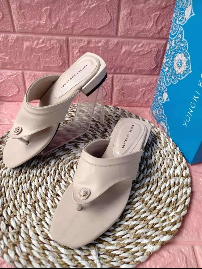 Sandal yonki branded 0