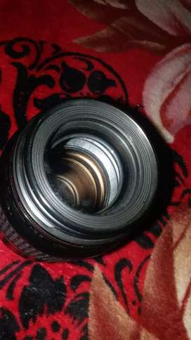 100 mm cannon f/2.8 EF micro lence USM. With no single scratch.