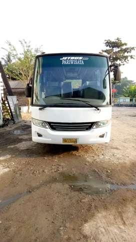 Bus medium Adiputro tahun 2013